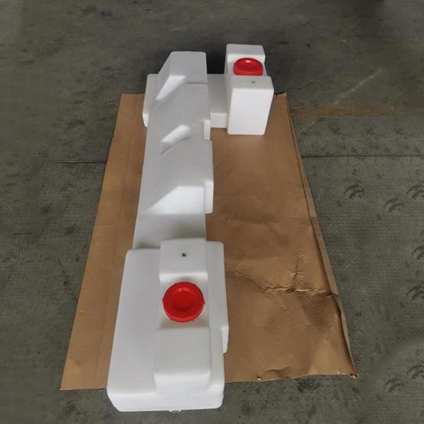 滚塑水箱模具工艺的特点
